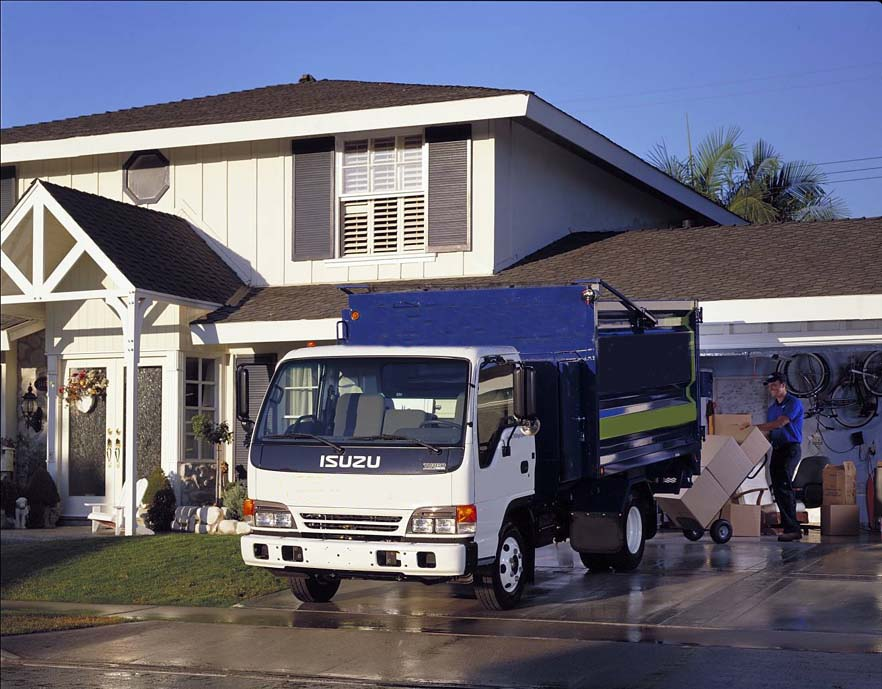 Pros and cons of hiring removal services